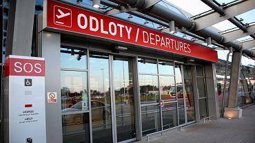 Na których polskich lotniskach może spodziewać się największych opóźnień?