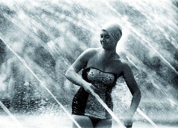 Zdjęcie numer 4 w galerii - Topless na betonie