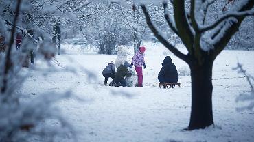 Pogoda. Zmiany od nowego tygodnia - nadchodzi mróz i intensywne opady śniegu