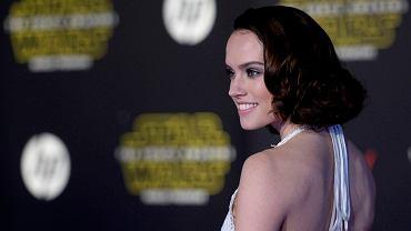 Daisy Ridley 23-letnia brytyjska aktorka debiutuje na wielkim ekranie. I to jak - od razu jako nowa główna bohaterka 'Gwiezdnych wojen' imieniem Rey.