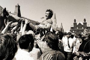 Ohydne igrzyska, do których zmuszono Polaków. Ale Supron przeżył najprzyjemniejszy moment życia. Spotkanie z Janem Pawłem II