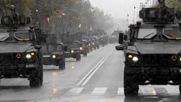 Parada z okazji Święta Wojska Polskiego. Sierpień 2016