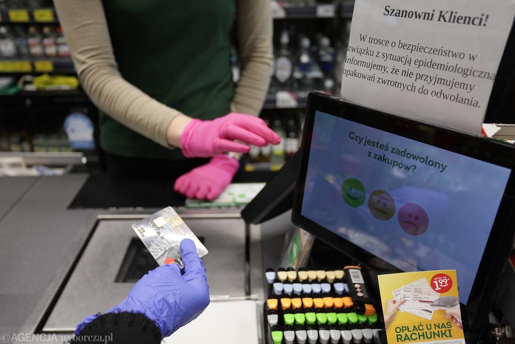 Niedziele handlowe 2020. Czy w Wielkanoc sklepy będą otwarte? (zdjęcie ilustracyjne)