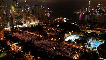 4.06.2019, Hongkong, wielotysięczna manifestacja dla uczczenia 30. rocznicy masakry na placu Tiananmen w Pekinie.