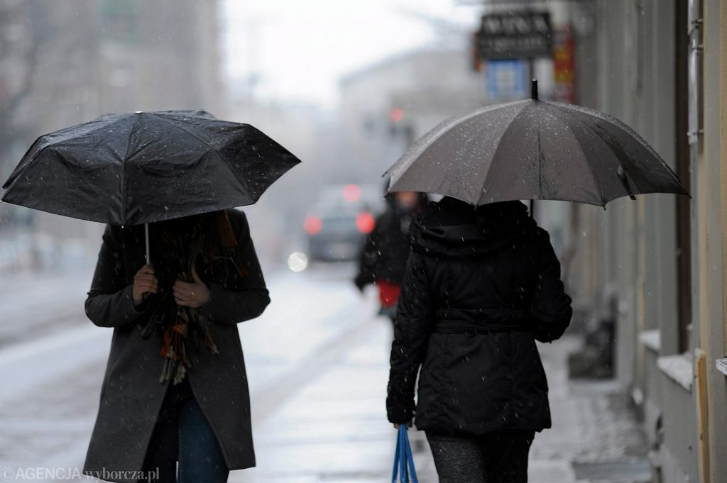 IMGW ostrzega - nadchodzi załamanie pogody. Nadciąga front z Arktyki