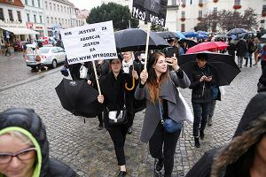 Czeladź, Mińsk Mazowiecki, Ozorków, Giżycko - to małe miasta były największą siłą czarnego protestu