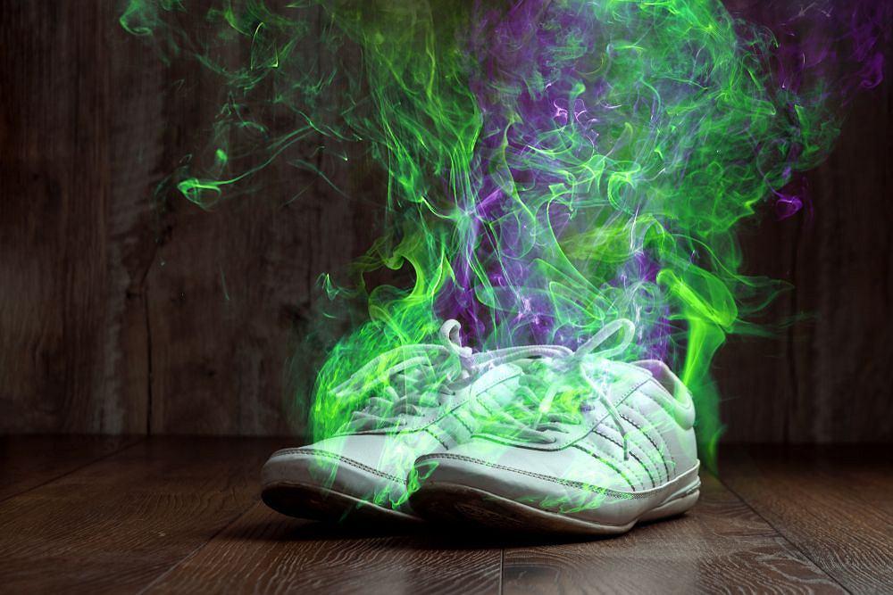 Czasem przepocone buty cuchną tak, że trzeba je po prostu wyrzucić