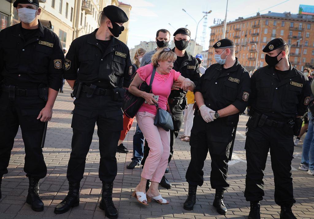 Obywatelska Białoruś coraz śmielej mówi 'nie' planom chorego na tronoholizm przywódcy.