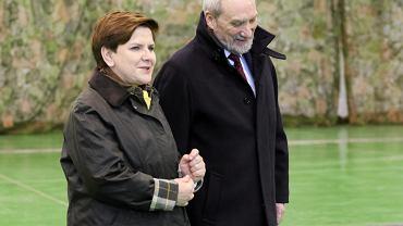 Wizyta premier Beaty Szydło w 23 BLT w Mińsku Mazowieckim