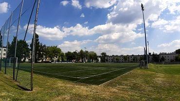 Boisko piłkarskie ze sztuczną nawierzchnią przy alei Mireckiego 31 w Sosnowcu zyska pneumatyczne zadaszenie