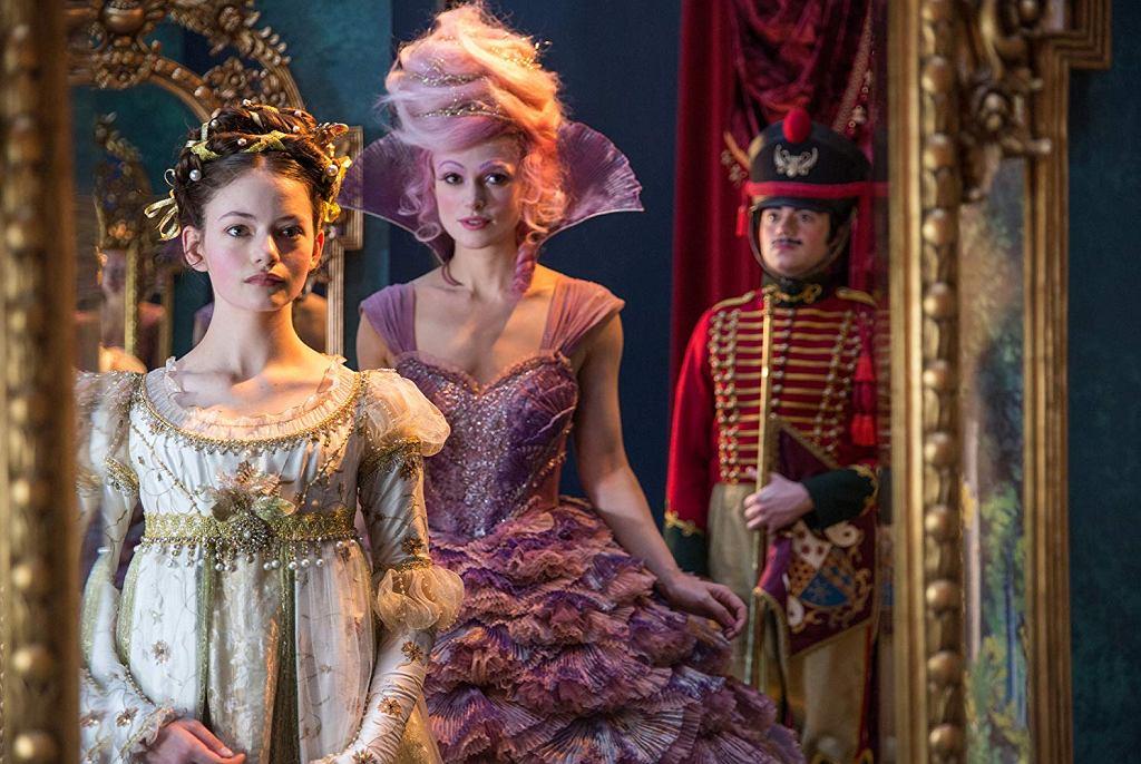 Mackenzie Foy i Keira Knightley w filmie 'Dziadek do orzechów i cztery królestwa' / Materiały prasowe