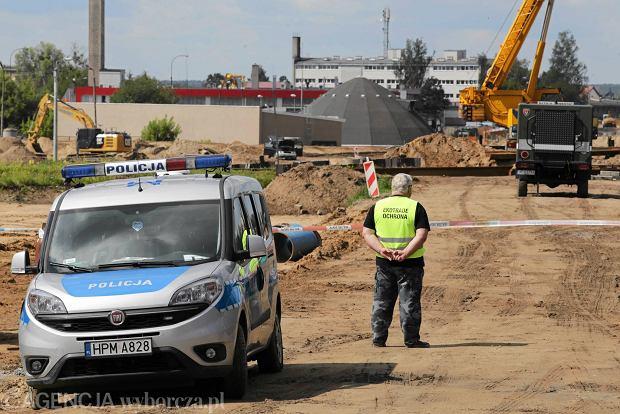 Zabezpieczenie terenu w związku z wydobyciem i transportem niewybuchu znalezionego podczas przebudowy ul. Ciołkowskiego