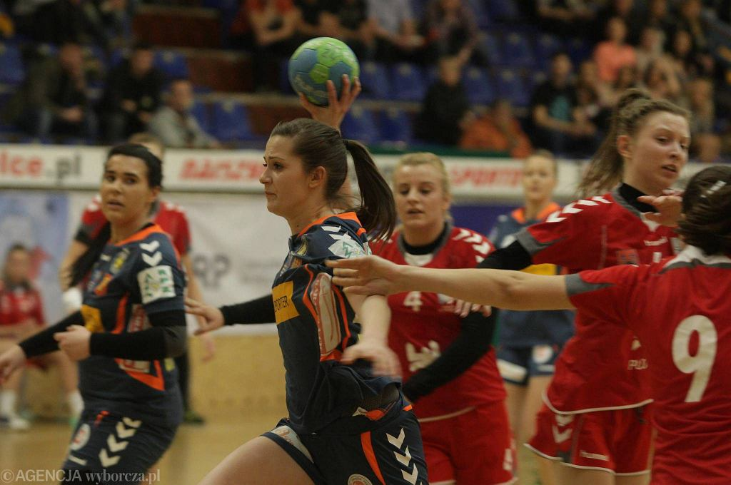 Mecz mistrzostw Polski juniorek w Kielcach: Korona Handball - Jutrzenka Płock