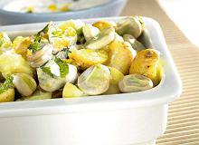 Młode ziemniaki z bobem - ugotuj