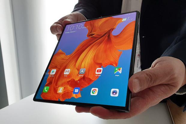 Складной смартфон Huawei Mate X