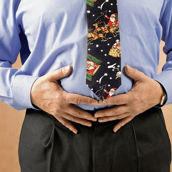 Żołądek ma ograniczoną pojemność - od jednego do trzech litrów. Gdy dostarczamy dużą porcję jedzenia, jego ściany się rozciągają i słabną, a trawienie trwa o wiele dłużej