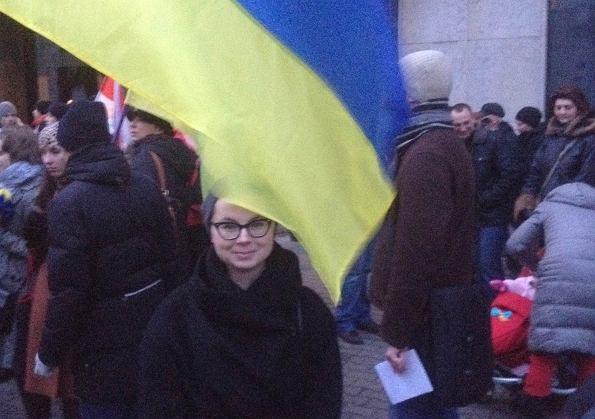 http://foch.pl/foch/1,133531,15106633,Protesty_na_Ukrainie__Prosze__nie_przygladaj_sie_temu.html