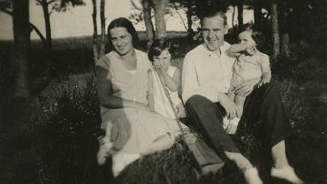 Rodzina Bohle: od lewej Maria, Irena, Aleksander, Helena