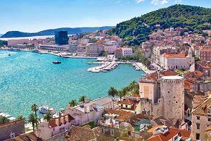 Lazurowa woda Adriatyku i niesamowite krajobrazy - Chorwacja idealnym miejscem na urlop!