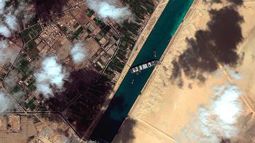 Kanał Sueski. Statek Ever Given na mieliźnie.