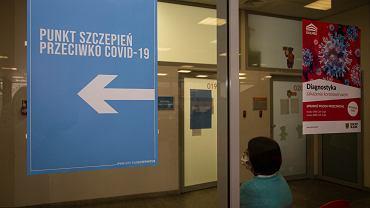 Doktor Grzesiowski o chaosie związanym ze szczepieniami
