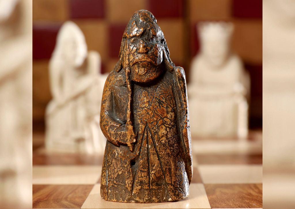 Kolekcjoner kupił figurę szachową za 5 funtów. Okazała się 900-letnik zabytkiem wartym milion