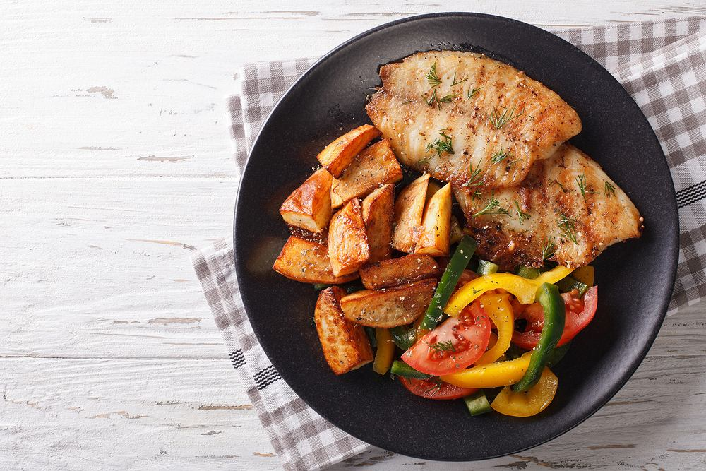 Tilapia to ryba słodkowodna, bardzo popularna, jej mięso jest chude i delikatne