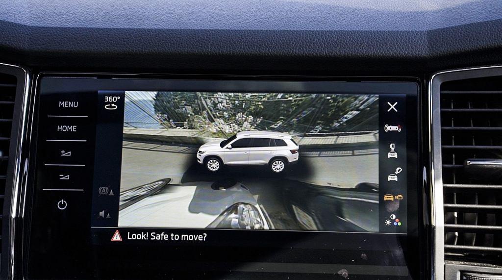 System kamer 360 w Skodzie