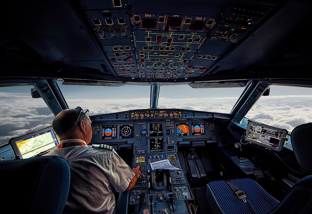 Pilot zasnął za sterami i ominął lotnisko