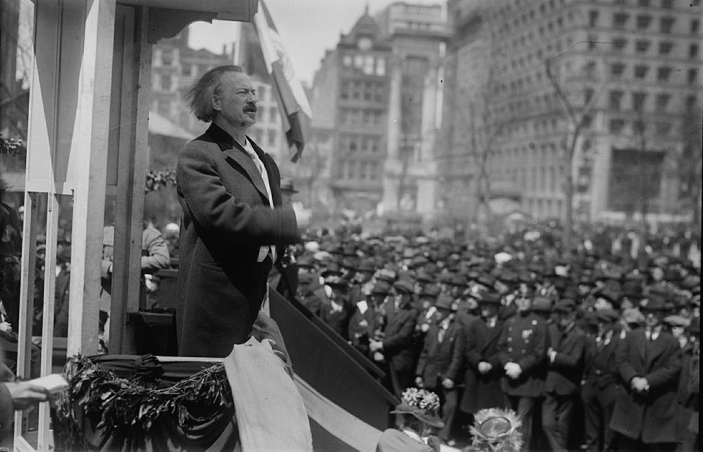 Ignacy Jan Paderewski przemawia w Ameryce w 1900 r. (na zdjęciu ze zbiorów Biblioteki Kongresu)