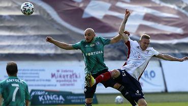 Górnik Zabrze wygrał z Legią Warszawa 2:0 po bramkach Jesusa Jimeneza i Igora Angulo