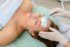 Wodorowe oczyszczanie twarzy opóźni proces starzenia się twojej cery. Efekty widać niemal natychmiast