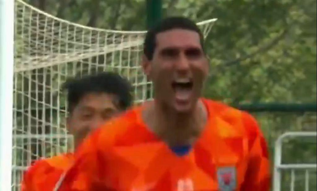 Marouane Fellaini zdobył hat-tricka w osiem minut!