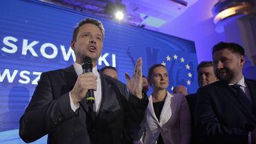 Wybory samorządowe 2018 - wieczór wyborczy w sztabie Koalicji Obywatelskiej w Warszawie