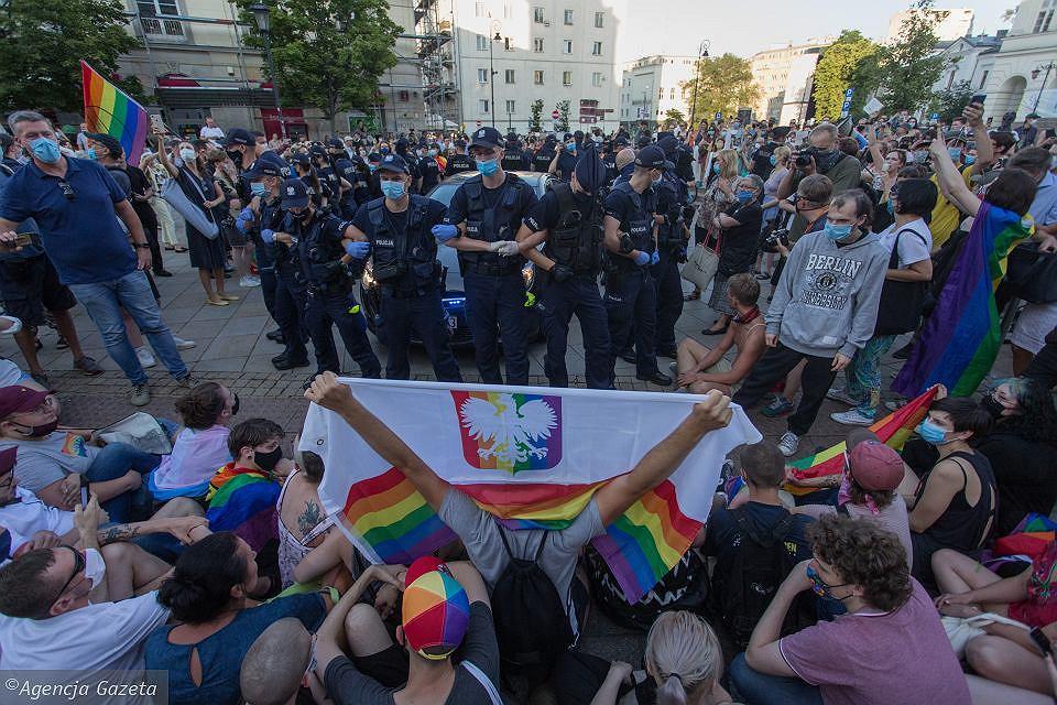 Protest w obronie Margot na Krakowskim Przedmieściu w Warszawie