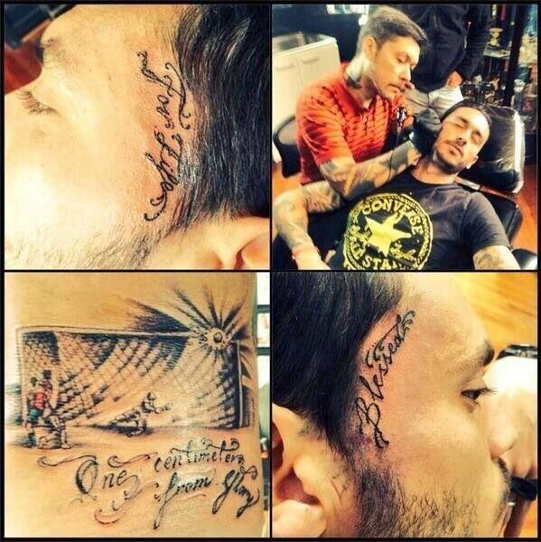Pinilla i jego tatuaż
