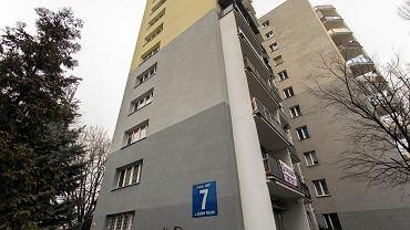 Blok mieszkalny na warszawskim Ursynowie (zdjęcie ilustracyjne)