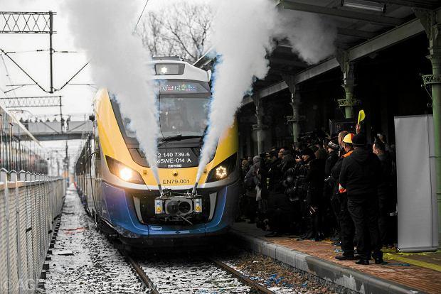 Newag przekazał Małopolsce pociągi Impuls 2. Ale ten region to kolejowe peryferia