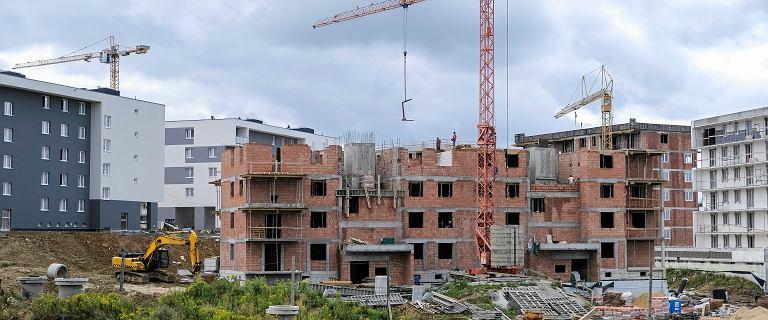 PKO BP: ceny mieszkań w 2020 roku mogą spaść o 15 proc.