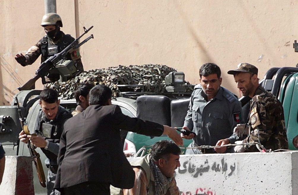 Siły bezpieczeństwa w Afganistanie (zdjęcie ilustracyjne)