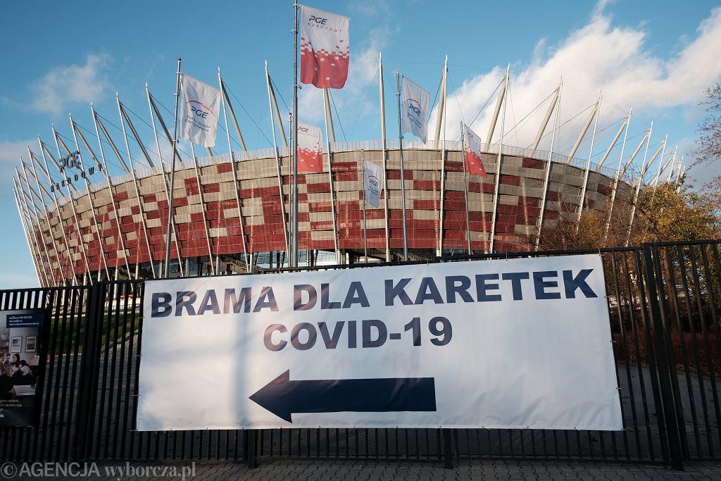 Szpital tymczasowy dla chorych na covid-19 na Stadionie Narodowym