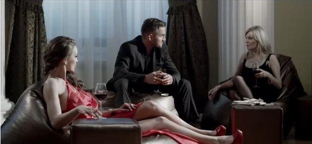 """Eliza Michalczyk, fragment teledysku """"Cicha woda"""""""