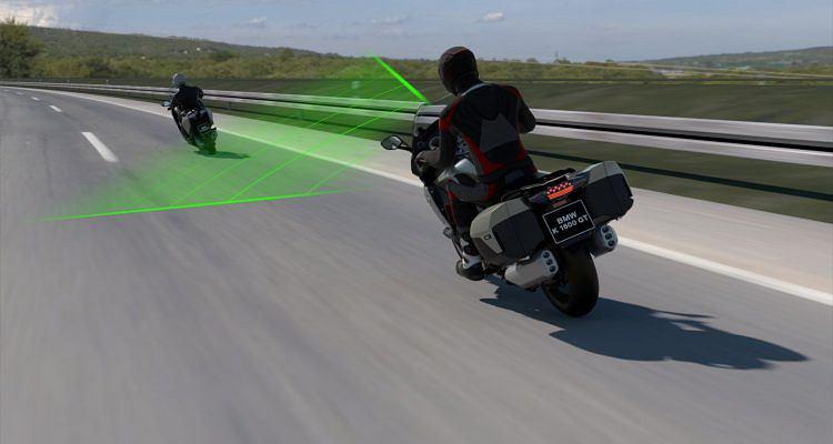 BMW - aktywny tempomat w motocyklu (Active Cruise Control)