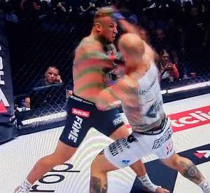 Spektakularny nokaut na Fame MMA! Jednym ciosem zgasił rywalowi światło [WIDEO]