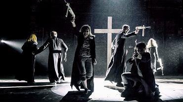 ''Klątwa'' w Teatrze Powszechnym (fot. materiały prasowe)