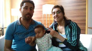 Adnan, Nahla i ich córeczka Sara
