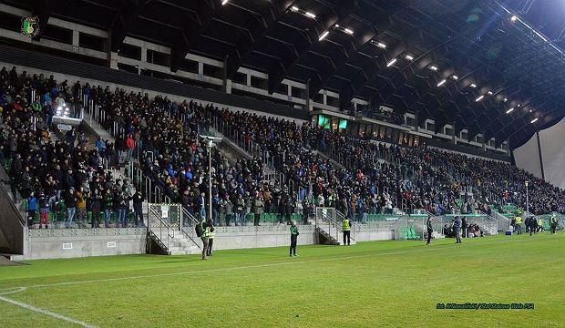 """Nowy stadion w Polsce! II-ligowy klub czekał na niego 917 dni. """"Był ogień"""""""
