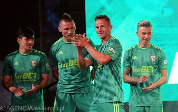 Zdjęcie numer 0 w galerii - Śląsk Wrocław gotowy do sezonu! Zaprezentowano pierwszą drużynę [GALERIA]