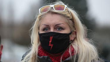 Obelgi pod adresem nowej pracowniczki ratusza w Skarżysku-Kamiennej, Małgorzaty Marenin. Zdaniem prezydenta miasta, to sprawa działaczy PiS