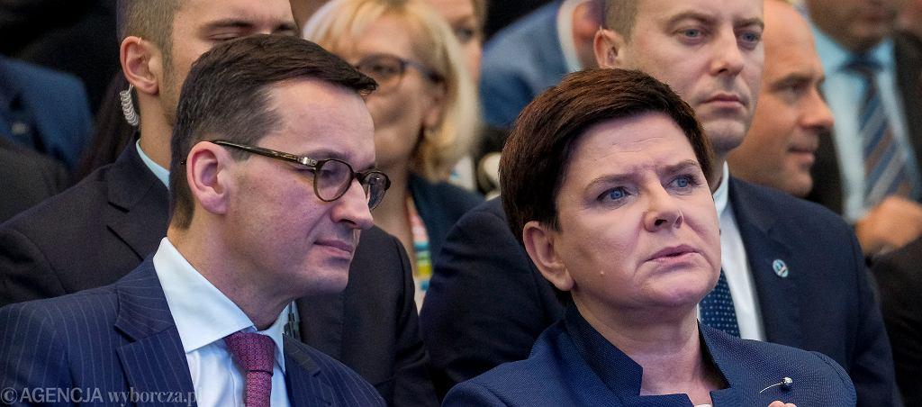 Premier Beata Szydło i wicepremier, minister rozwoju Mateusz Morawiecki podczas 'Kongresu 590'. Jasionka k/ Rzeszowa, 16 listopada 2017